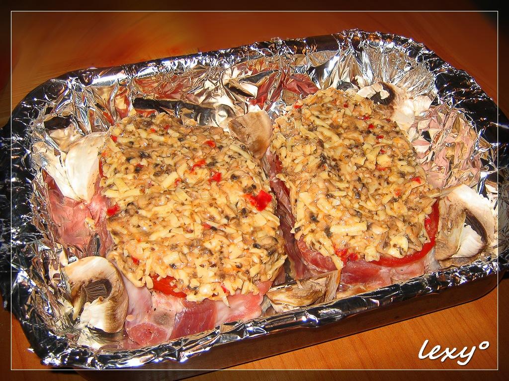 Рецепт свинина с грибами в духовке
