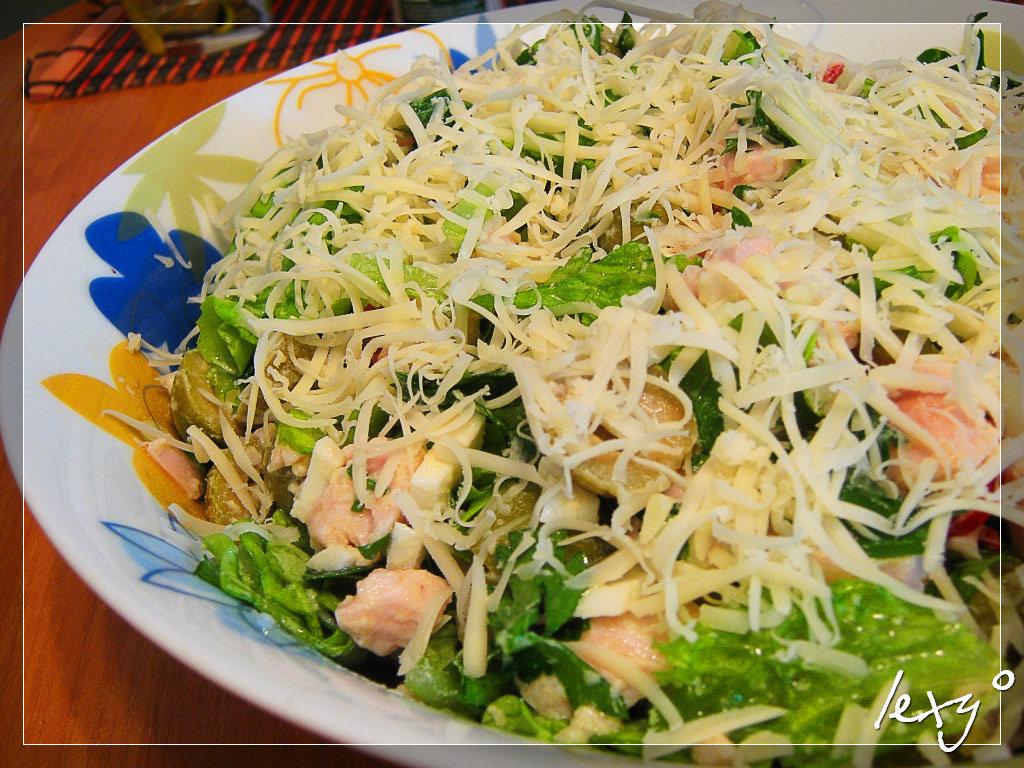 Салат с копченой курочкой рецепт с фото